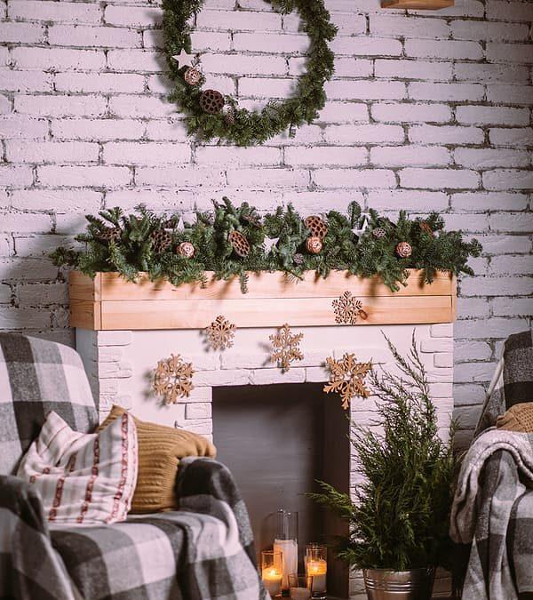 Mantel Décor Ideas for the Holidays